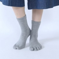 靴下に使われる素材のまとめ